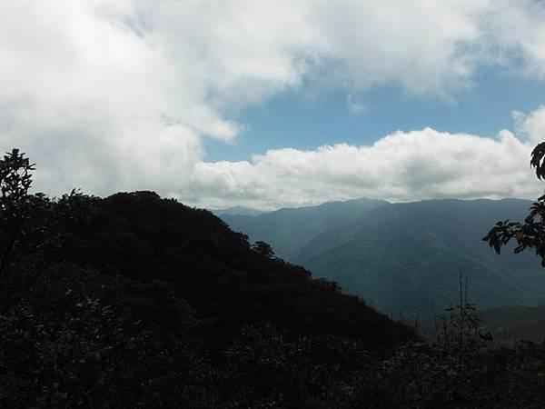 逐鹿山.逐鹿山西峰下雲森瀑布 126