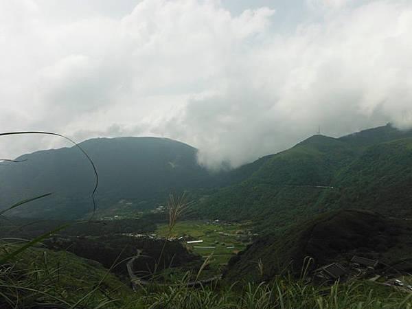 七星山.恐龍接吻石.凱達格蘭山.七星山南峰 005