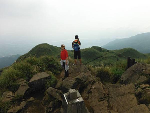 七星山.恐龍接吻石.凱達格蘭山.七星山南峰 038