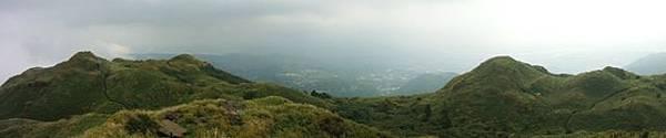七星山.恐龍接吻石.凱達格蘭山.七星山南峰 040