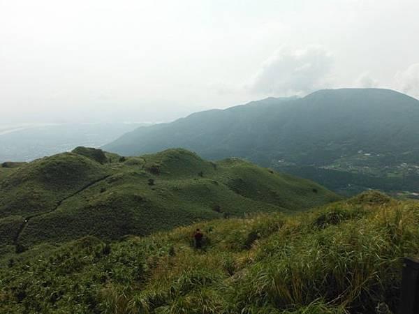 七星山.恐龍接吻石.凱達格蘭山.七星山南峰 045