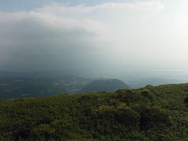 七星山.恐龍接吻石.凱達格蘭山.七星山南峰 075
