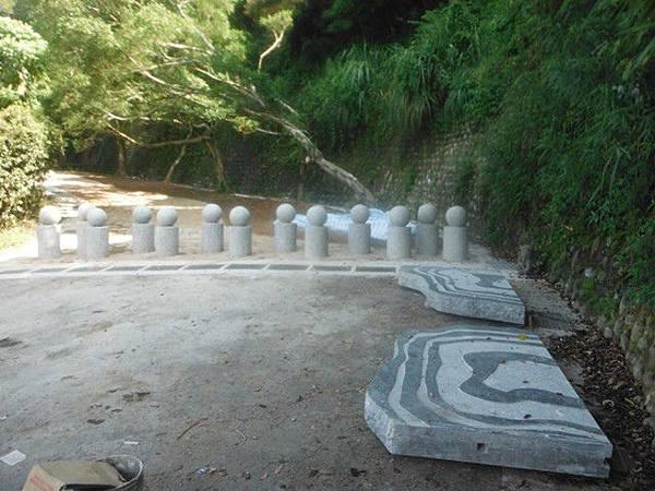 福州山.中埔山尋像墓碑的指示牌 012
