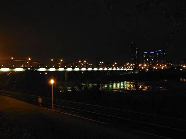 夜遊古亭河濱公園 030