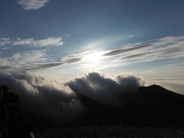 小觀音山西峰火山口.大屯自然公園.百啦卡山.大屯山夕陽、雲海、秋芒 151.JPG