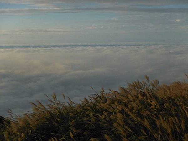 小觀音山西峰火山口.大屯自然公園.百啦卡山.大屯山夕陽、雲海、秋芒 155.JPG