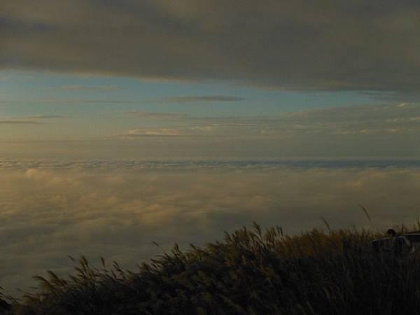 小觀音山西峰火山口.大屯自然公園.百啦卡山.大屯山夕陽、雲海、秋芒 160.JPG