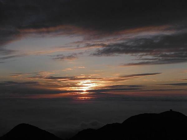 小觀音山西峰火山口.大屯自然公園.百啦卡山.大屯山夕陽、雲海、秋芒 177.JPG
