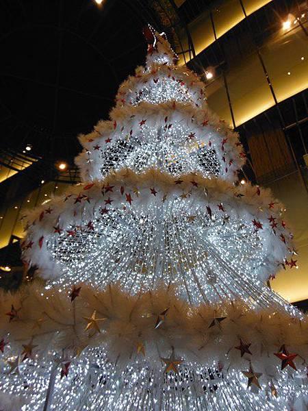 台北火車站大廳聖誕樹.京站聖誕樹 015.JPG