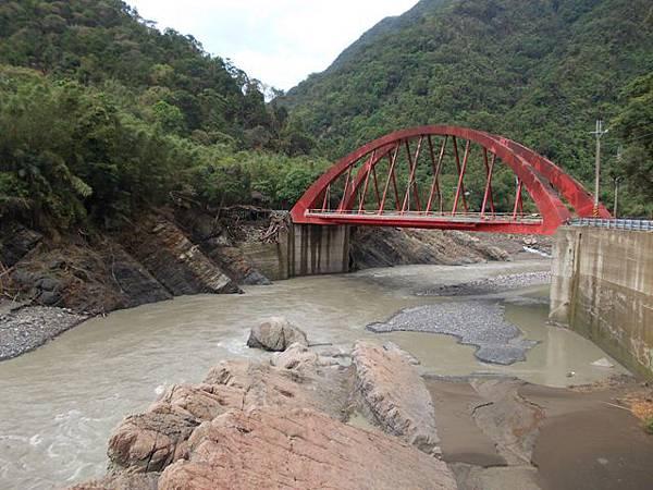 風災後烏來紅河谷2015 015