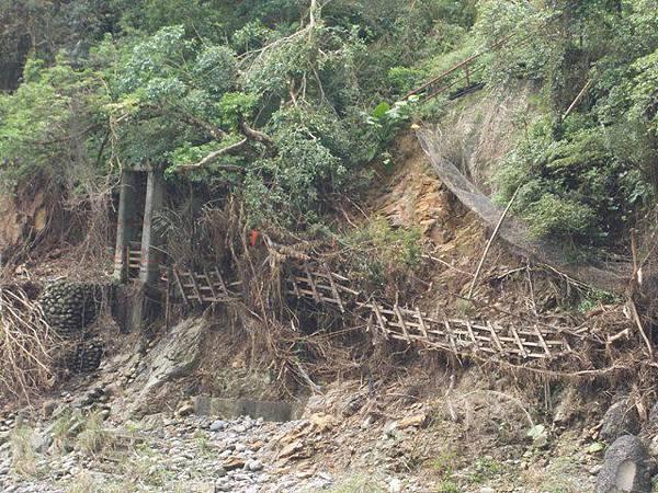 風災後烏來紅河谷2015 018