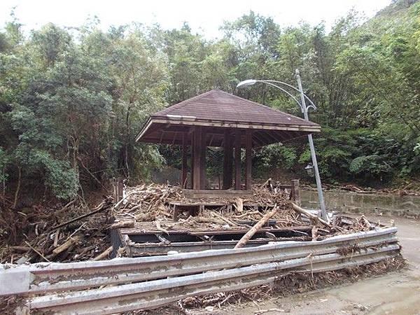 風災後烏來紅河谷2015 026
