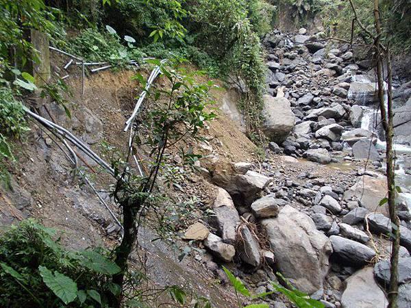 風災後烏來紅河谷2015 044