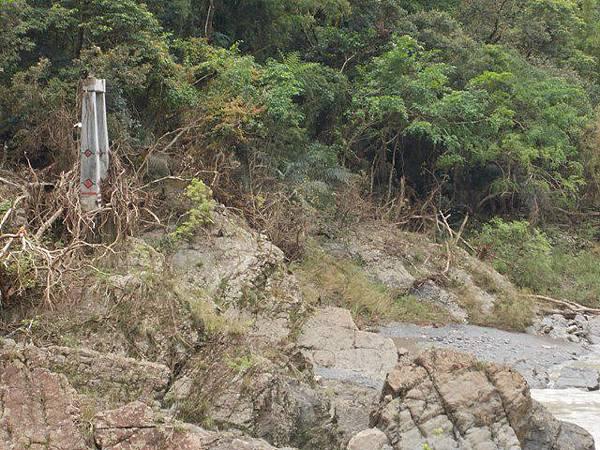 風災後烏來紅河谷2015 061
