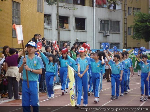 2010新和運動會 032.JPG