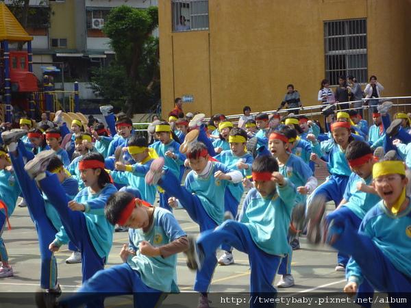 2010新和運動會 171.JPG