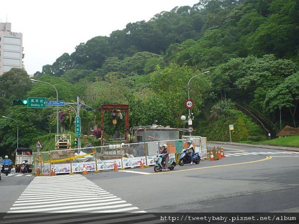 140高地公園 001.JPG