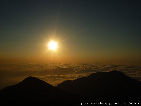 擎天崗山.竹蒿山.大屯山夕陽雲海 176.JPG