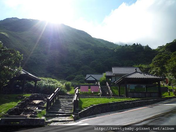 冷水坑公共溫泉.七股山登山口.牛奶湖 087.JPG