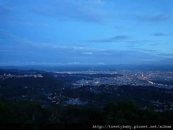 中正山夜景 025.JPG