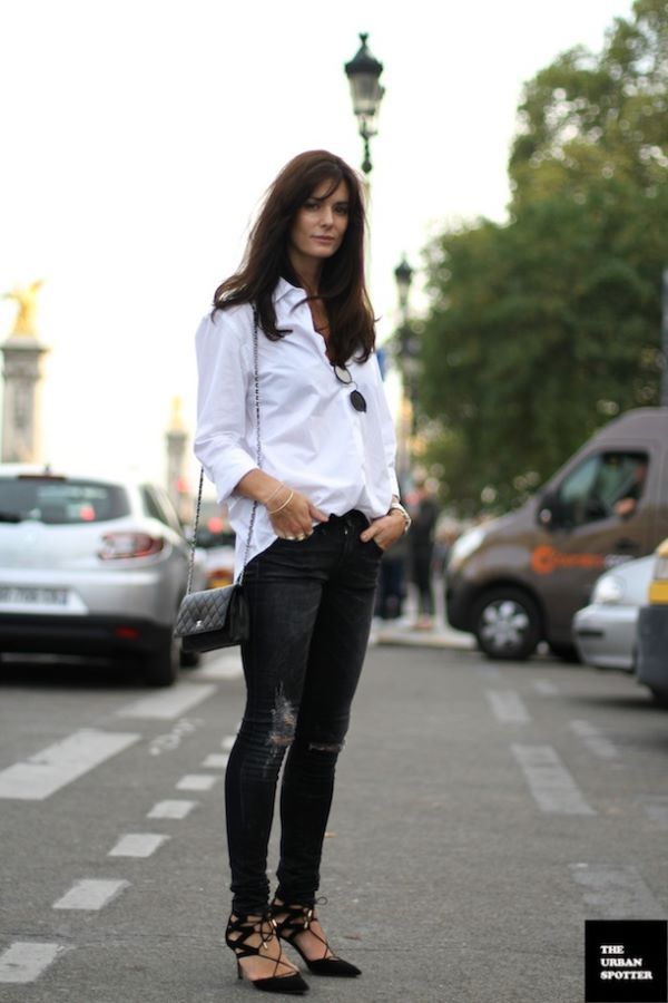 EFFORTLESS BLACK AND WHITE STREET STYLE 2