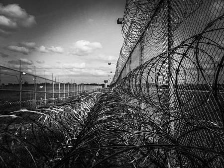 prison-fence-219264_1280.jpg