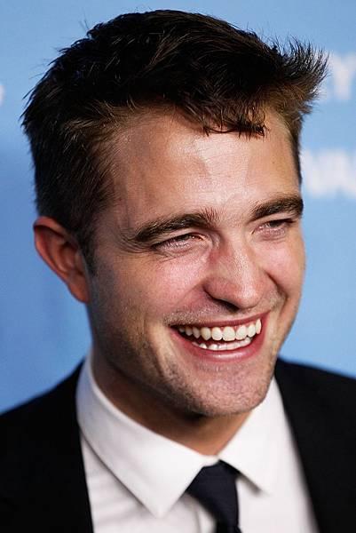 New_HQ_Robert_Pattinson_Sydney_The_Rover_Premiere1.jpg