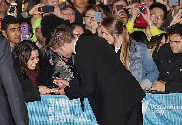New_HQ_Robert_Pattinson_Sydney_The_Rover_Premiere7.jpg
