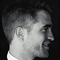 Robert_Pattinson_for_Esquire_iPad_Scans_07.png