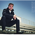 Robert_Pattinson_for_Esquire_iPad_Scans_16.png