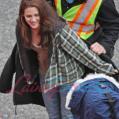 Kristen on New Moon Set_1.bmp