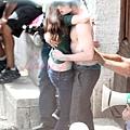 pattinson-shirtless-27may09-08.jpg