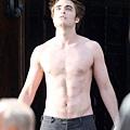 Edward steps into the sun_04.jpg