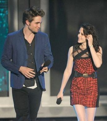 2009 MTV Award Trailer Intro_7_01.jpg