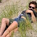RM_beach scene_03.jpg