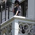 Robsten on balcony_03.jpg