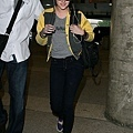 gallery_enlarged-kristen-stewart-studio-lax-10312009-04.jpg