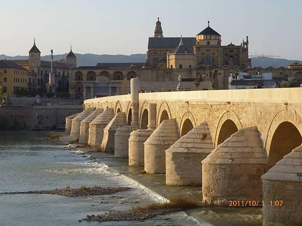 3-2哥多華羅馬橋1.jpg