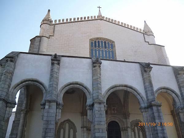 3-2艾佛拉教堂.jpg