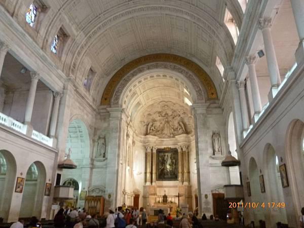 3-5法蒂瑪大教堂1.jpg