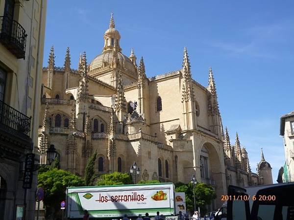 2-11塞歌維亞大教堂 (2)
