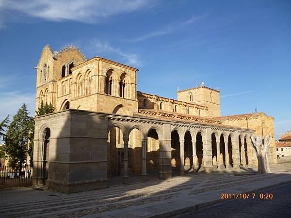 2-9阿維拉古城教堂 (1) .jpg
