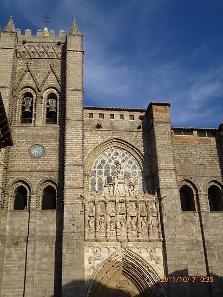 2-9阿維拉古城教堂 (3) .jpg