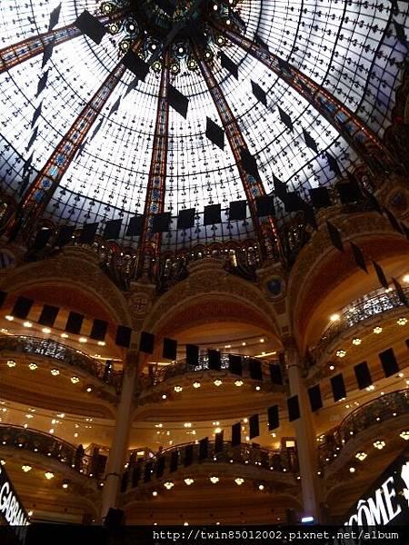 4巴黎春天百貨大廳  (0)