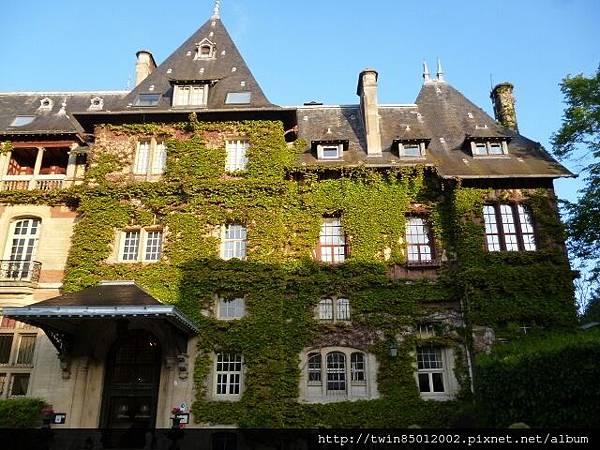 2法式古堡飯店 (1-1)
