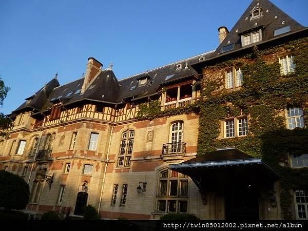 2法式古堡飯店 (1-2)