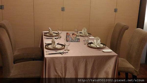 6東饌魚翅餐廳 (1-2).jpg