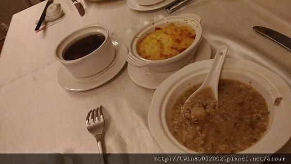 6東饌魚翅餐廳 (18).jpg