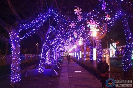 2014中山北路燈海2.jpg