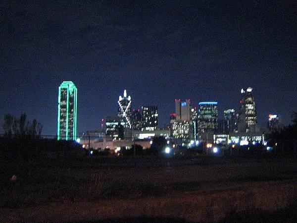夜晚的downtown